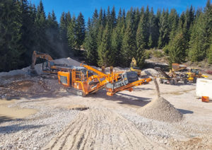 R900 impact crusher – High performance, compact dimensions & first-class customer service are strong reasons why invest in another Rockster crusher