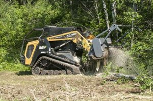 Six tips to optimize compact track loader forestry performance